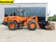 Doosan DL 250 DL 250 200 400 420 CAT 924 chargeuse sur pneus occasion