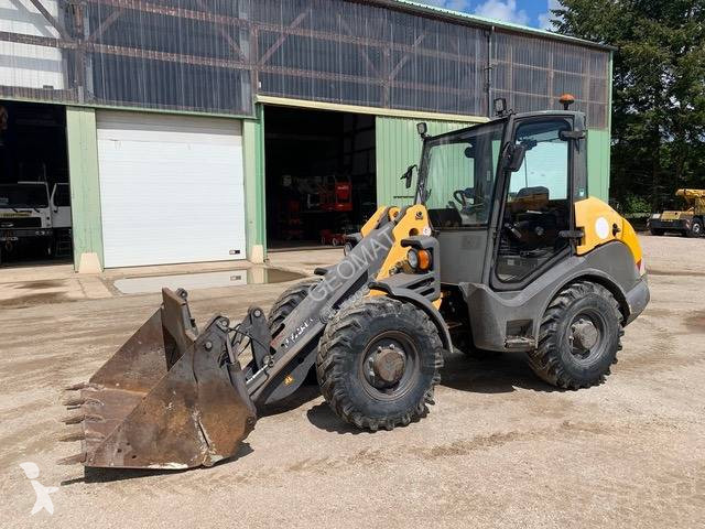 View images Mecalac AX 700 loader