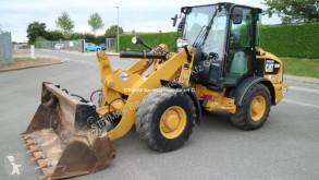 Caterpillar 906M ładowarka kołowa używana