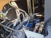 Vedeţi fotografiile Incarcator Case 821 G