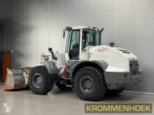 View images Liebherr L 538 loader