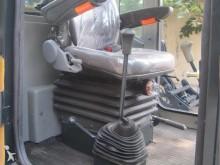 Просмотреть фотографии Фронтальный погрузчик Dragon Machinery ZL10A