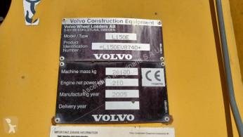 Voir les photos Chargeuse Volvo L 150 E