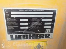 View images Liebherr L580  loader