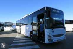 Távolsági autóbusz Iveco CROSSWAY használt szériaautó