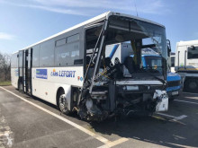 Uzunyol otobüsü Mercedes Intouro okul servisi kazalı