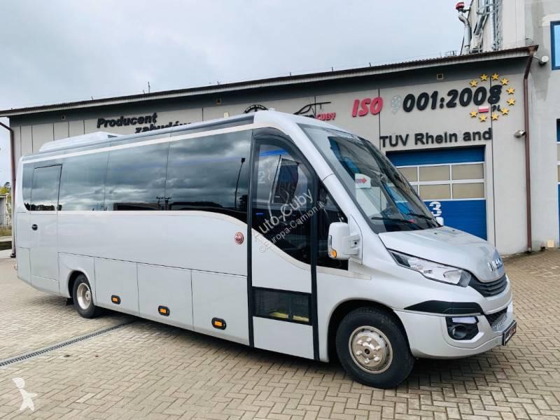 Vedere le foto Autobus Iveco 70C
