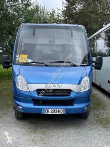 Távolsági autóbusz Iveco Prodig 33 használt iskolabusz