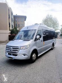 Mercedes szériaautó távolsági autóbusz Sprinter 519 CDI