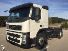 Trekker Volvo FM42 tweedehands gevaarlijke stoffen / vervoer gevaarlijke stoffen