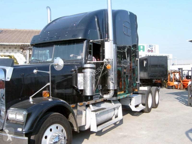 Voir les photos Tracteur Freightliner