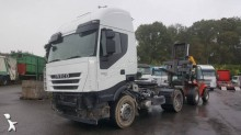 Cabeza tractora Iveco Stralis AS 440 S 45 accidentada
