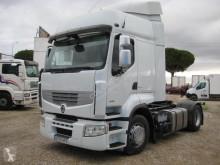 Trekker Renault Premium 460 DXI tweedehands