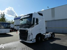 Volvo low bed tractor unit FH13 500