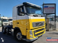 Used exceptional transport tractor unit Volvo FH13 420