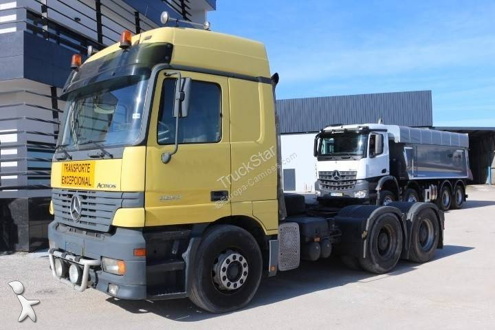 Vedere le foto Trattore Mercedes Actros 2657