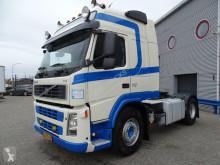Cabeza tractora Volvo FM13 usada