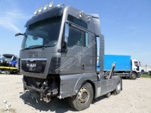 Tratores MAN TGX 18.540 acidentado