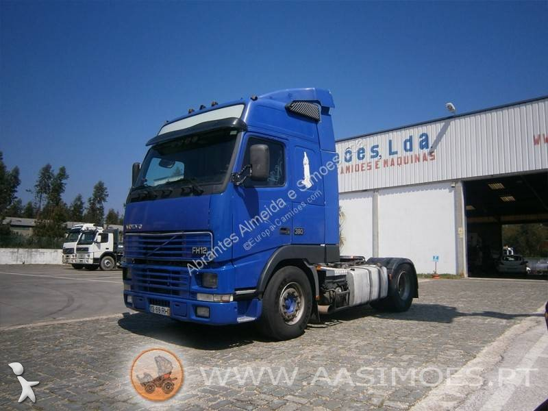 Voir les photos Tracteur Volvo FH12 380