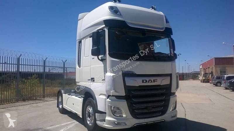 View images DAF XF tractor unit