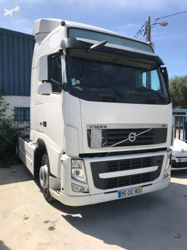 Zobaczyć zdjęcia Ciągnik siodłowy Volvo FH13 420
