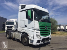 Mercedes tractor unit used