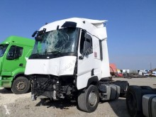 Trattore Renault Gamme T 460 incidentato