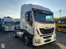 Used low bed tractor unit Iveco Stralis 460