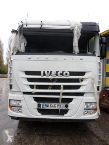 Trattore Iveco Stralis 440 S 45 incidentato