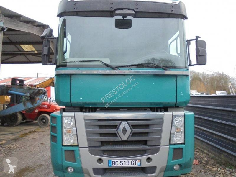 Voir les photos Tracteur Renault Magnum 520