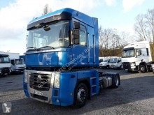 Renault Magnum 460.19 DXI tractor unit used low bed