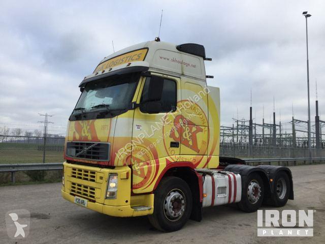 Преглед на снимките Влекач Volvo FH13