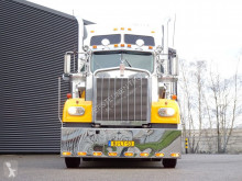 Used box tractor-trailer Kenworth W 900
