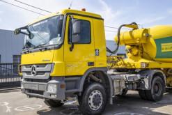 Ensemble routier béton Mercedes Actros 2041