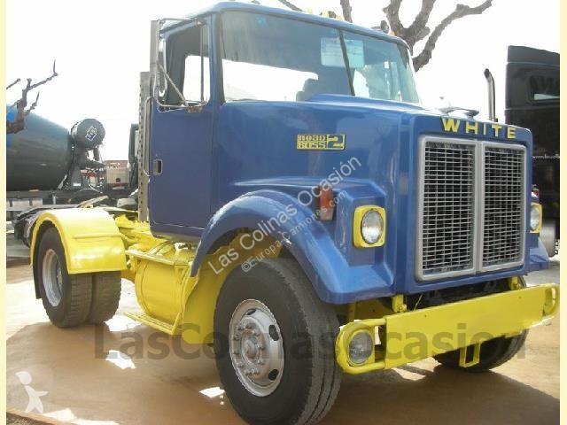 Voir les photos Tracteur Volvo WHITE ROAD