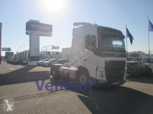 Used tractor unit Volvo FH 4