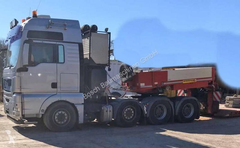 Voir les photos Tracteur MAN 41.530 with low bed trailer Faymonville + semi-remorque porte-engins