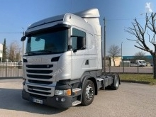 Used low bed tractor unit Scania R 490