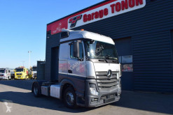 Mercedes Actros 1948 tractor unit used