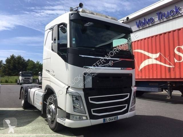 Voir les photos Tracteur Volvo FH 460