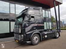 tracteur Volvo FH16 750 on reservation , gereserveerd , reserviert 4x2 voith re