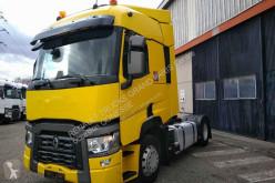 tahač Renault