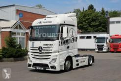 Çekici özel konvoy Mercedes