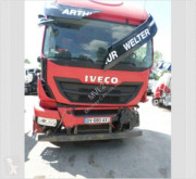 Cabeza tractora Iveco Stralis AT 440 S 42 accidentada