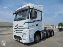 Mercedes tractor unit LS