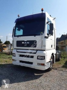 MAN 18.480 tractor unit used