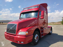 cabeza tractora Volvo NH 12 460