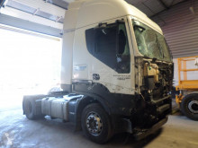 Iveco Ecostralis 460 EEV tractor unit damaged