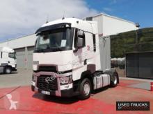Tahač Renault Trucks T High nebezpečné látky / adr použitý