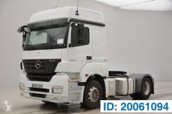 Cabeza tractora productos peligrosos / ADR usada Mercedes Axor